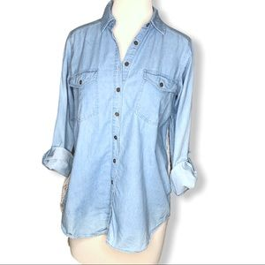 Chambray and Lace Mixed Media Button Up Top Sz S